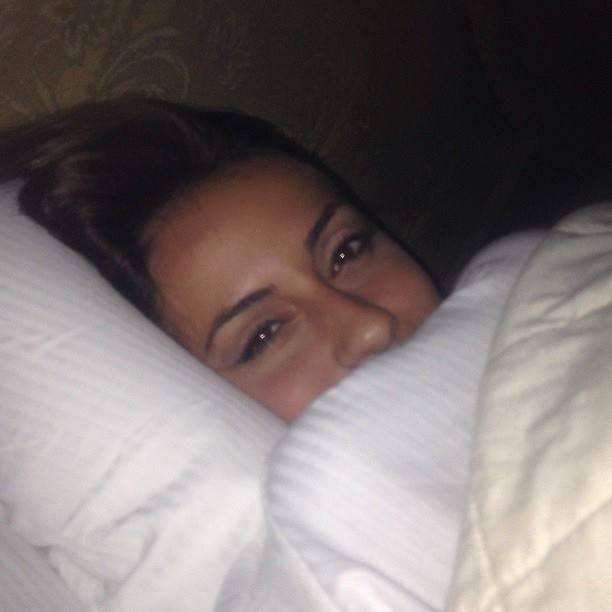 Foto inedite di vita vissuta di anna munaf - Foto di innamorati a letto ...